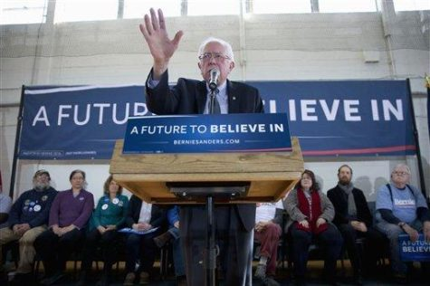 Democratic presidential candidate, Sen. Bernie Sanders, I-Vt. speaks during a campaign stop, Thursday, Jan. 21, 2016, in Peterborough, N.H. (AP Photo/Matt Rourke)