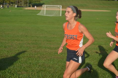 HHS Girls' Cross Country Team Wins Keystone Division
