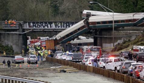 Amtrak train derailment in Washington leaves 3 dead