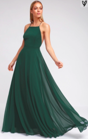 The simple Lulus dress allows all the focus to be on the emerald green color. The dress is made interesting with a spaghetti strap criss cross back.