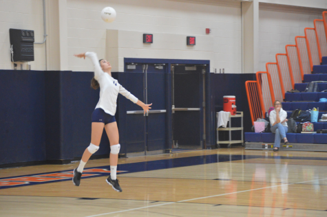 HHS girls volleyball lose to Greencastle-Antrim Blue Devils