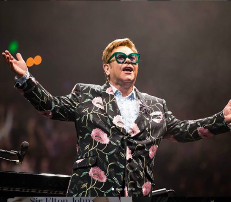 Elton John Announces Farewell Tour Stop in Hershey
