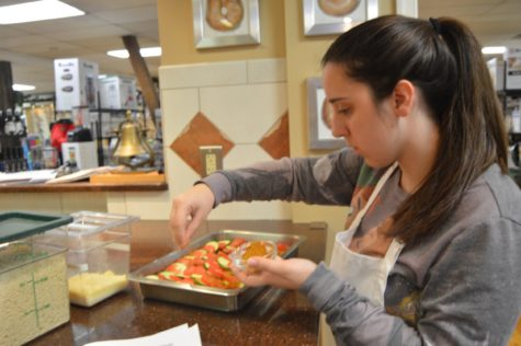 French Club Cooks at Kitchen Shoppe