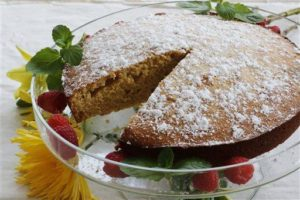 This cake is a simple and quick dessert that anyone can make. Pair with Twinings Irish Breakfast tea for a classic Irish experience! (Photo credit AP Images)