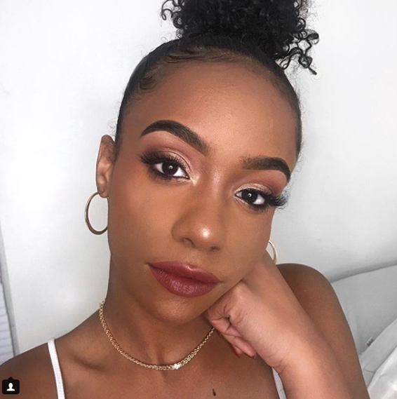 A post from Willis' MakeupforWOC Instagram account, displaying the use of an illuminating product getting her stamp of approval. The account has many recommendations of foundations, bronzers, highlighters, and other products that have gained a positive reaction from Willis. (Makeup for Women of Color)