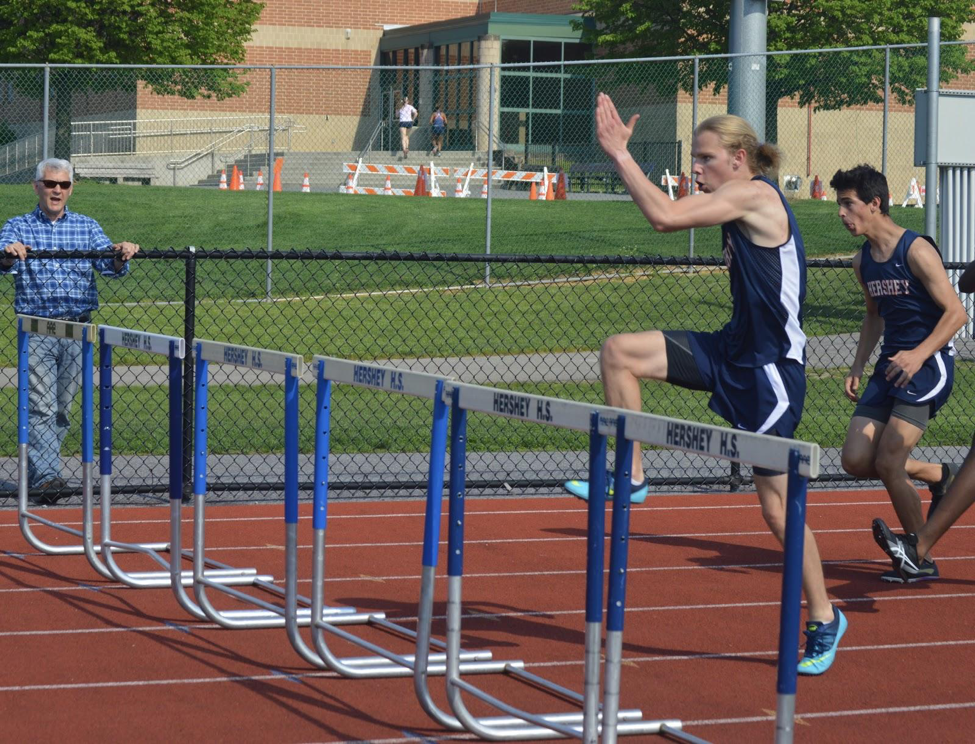 Vlad+Kellachow+competing+in+the+110m+hurdles.+The+Hershey+High+School+Boys+track+team+finished+their+regular+season+with+a+4-3+record.+%28Broadcaster%2FAlexis+Moodie%29%0A
