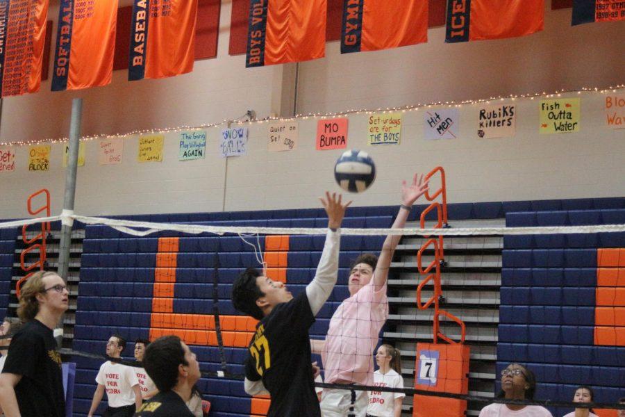 12 O'Clock Volleyball Photos