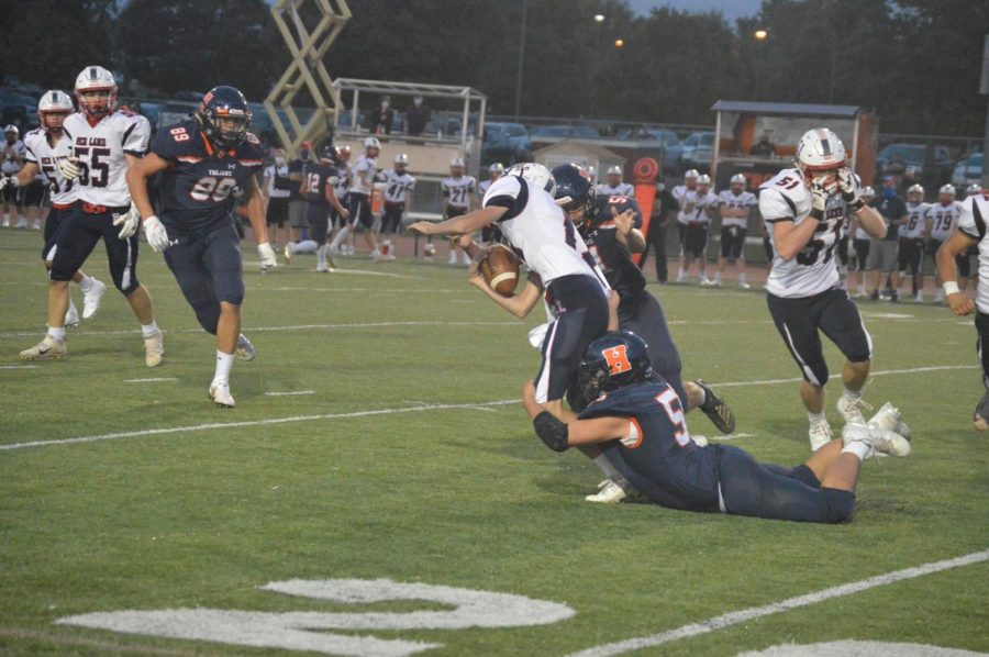 HHS Football defeats Red Land with last second field goal 10-7