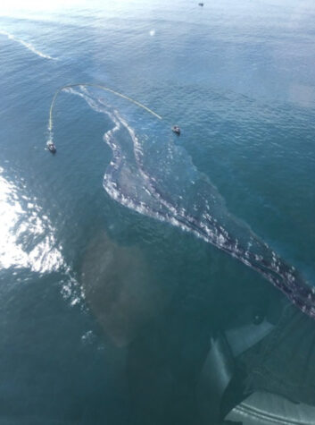 Large oil spill damages California beaches, wildlife